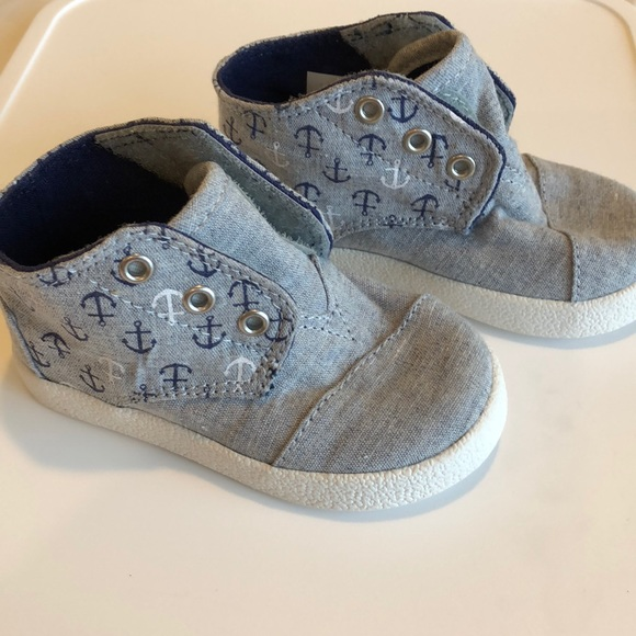 163dc233e36 TOMS Anchors Mid Toddler Sneaker 5 T New Grey. M 5af701279a94551970a3211d.  Other Shoes ...